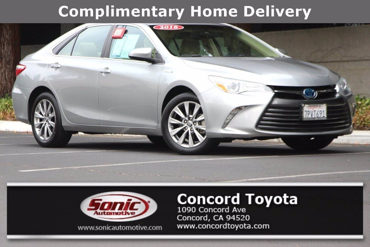 Used 2016 Toyota Camry Hybrid